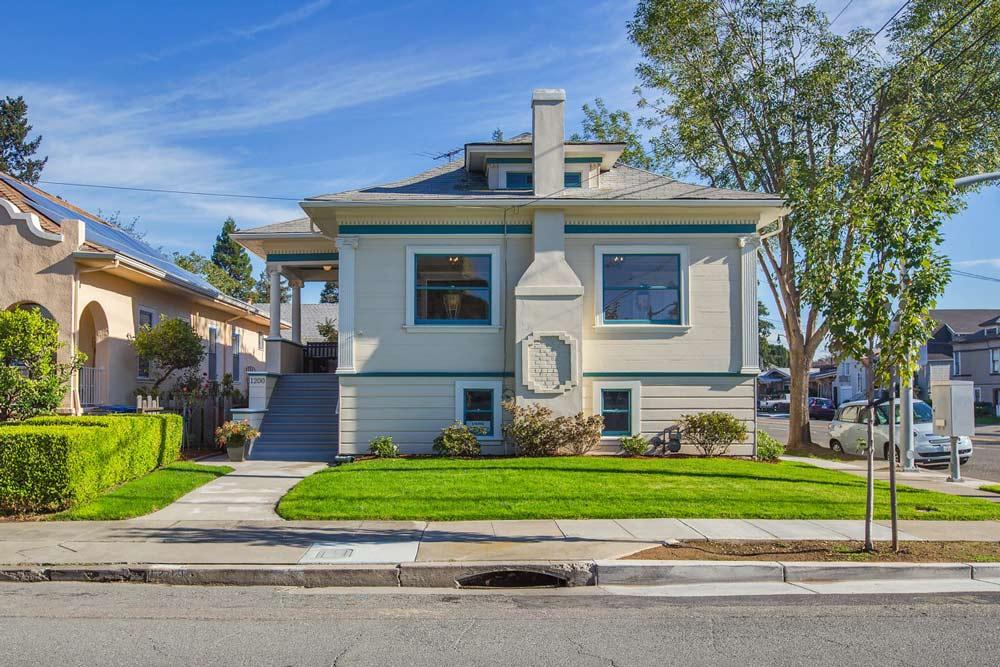 1200 Paru Street, Alameda CA 94501